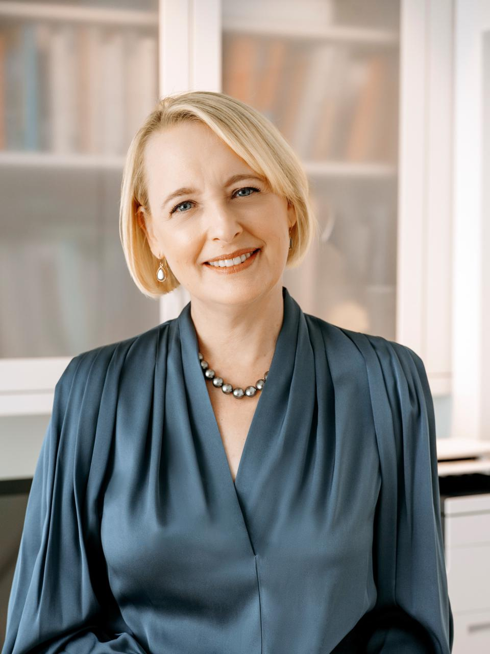 Julie Sweet, CEO of Accenture prides on helping both companies lead with gender equality whilst striving to deliver Shiseido's vision.