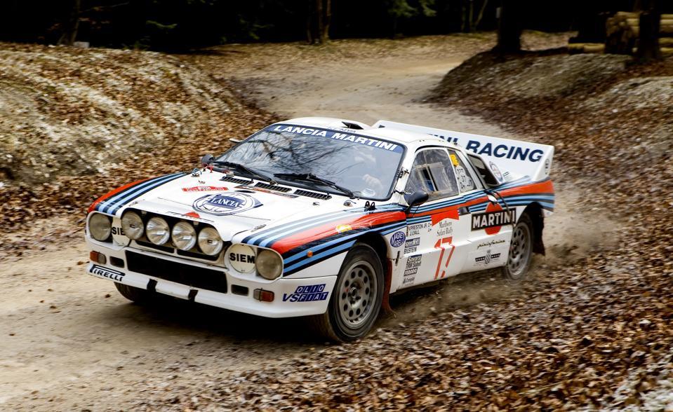 Anche Lancia, che un tempo dominava il Campionato del Mondo Rally, è minacciata.