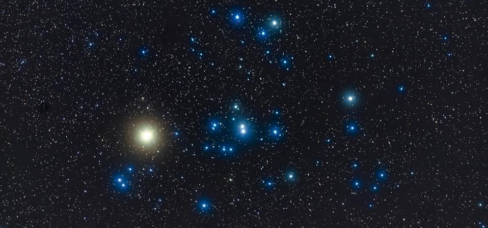 The researchers used data from the Gaia satellite to accurately date the age of red giant stars—like Aldebaran in the constellation of Taurus, pictured here.