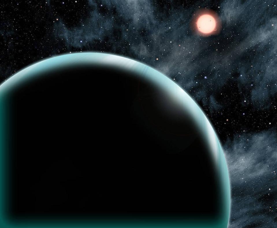 Artist's conception of Kepler-421b, a Uranus-sized exoplanet.