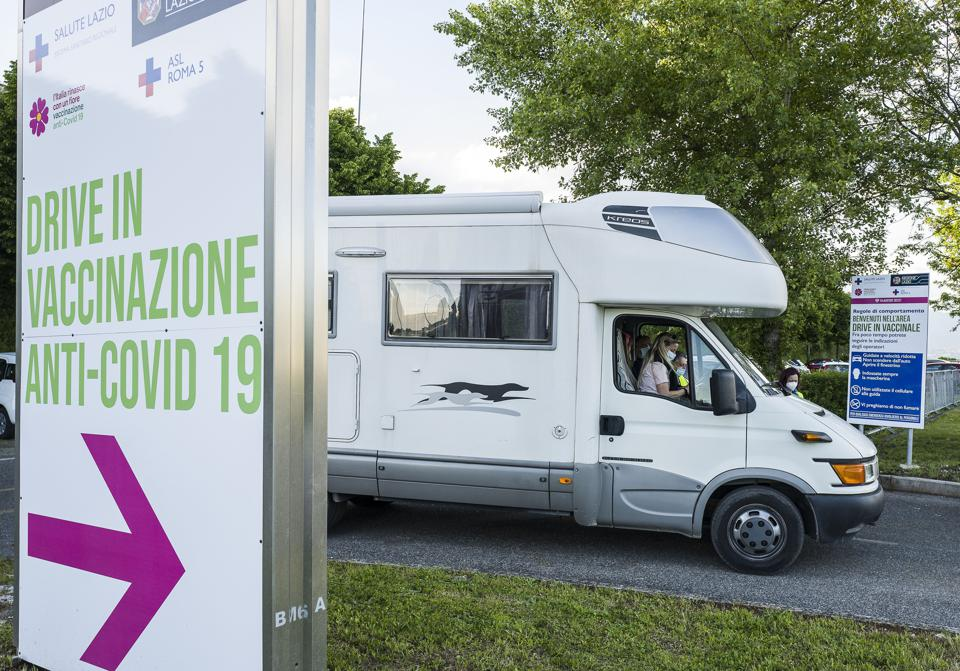 Largest Drive-In Vaccination Centre In Rome