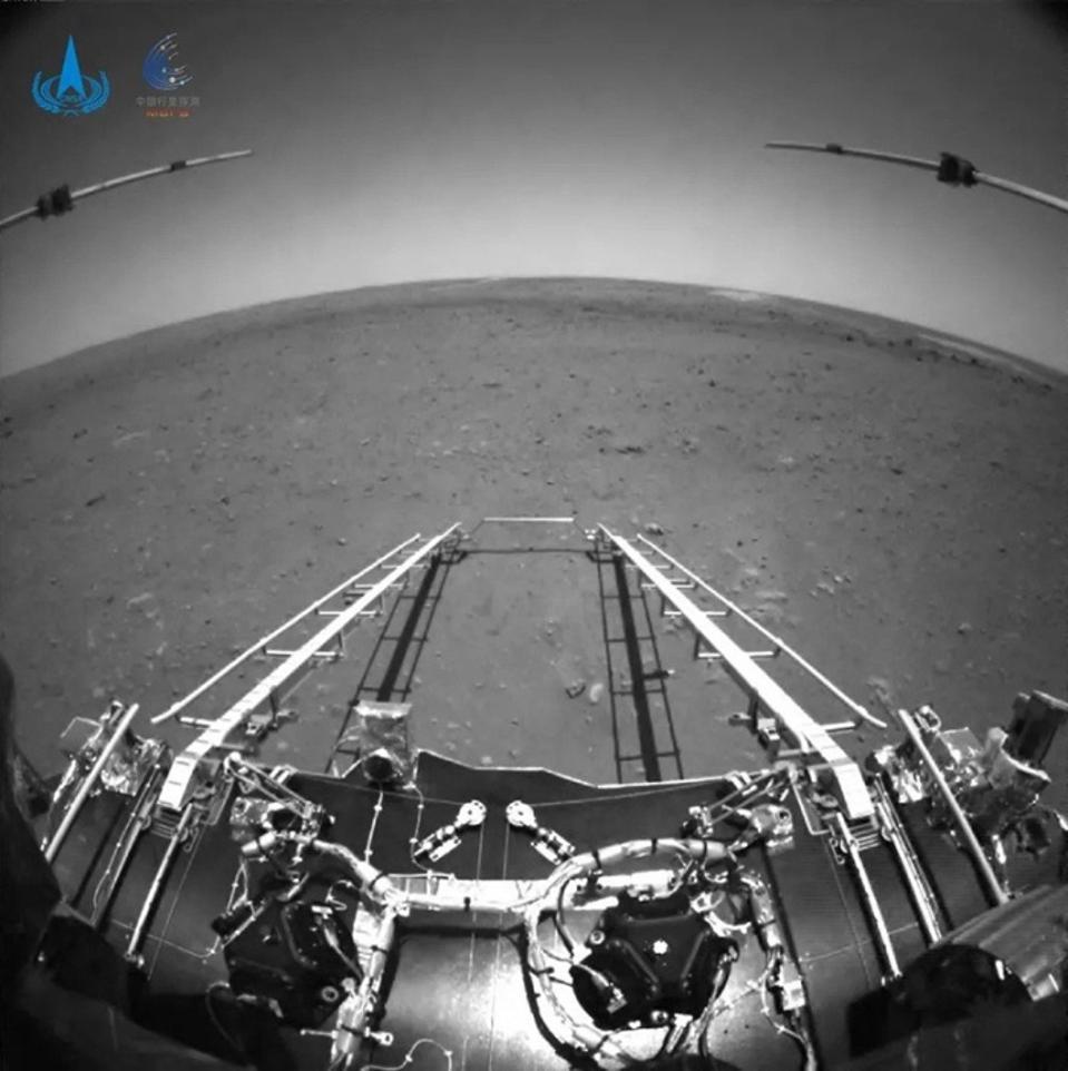 Tomada en la parte delantera del Zorong, la foto muestra la rampa desde el Deployed Lander.