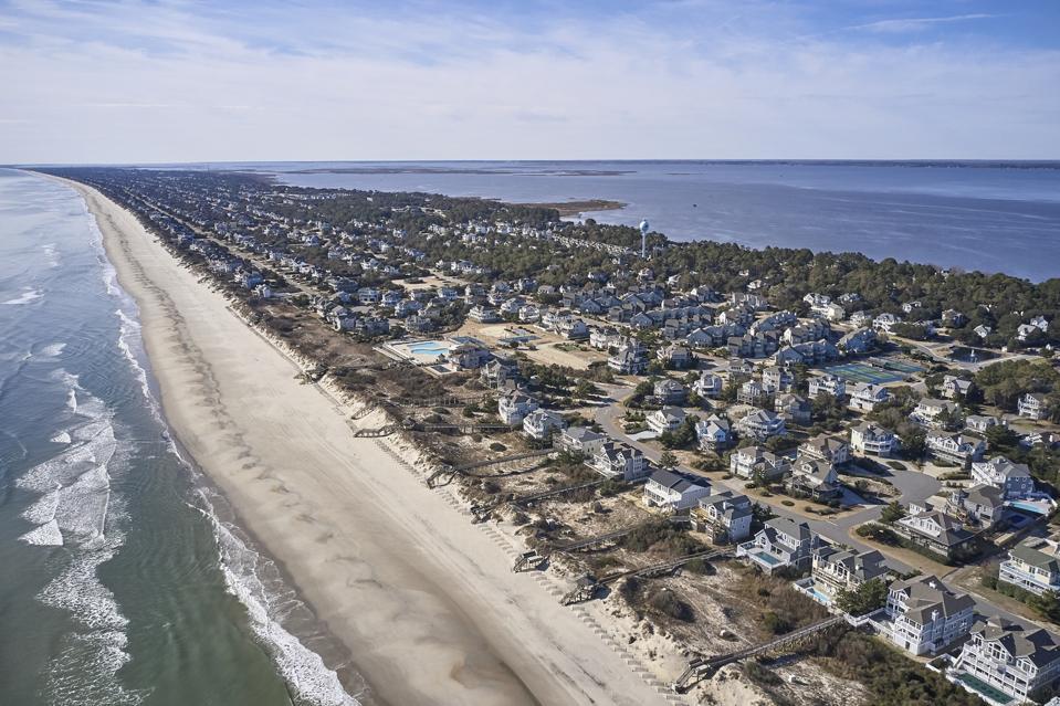 USA, North Carolina, Corolla, Atlantic Ocean, sands of the Outer banks, Pamlico Sound