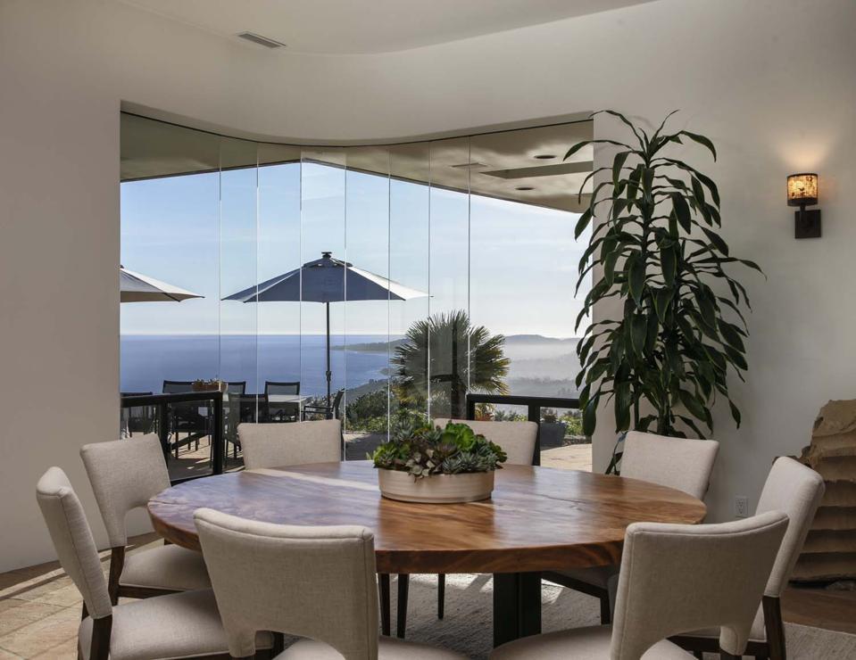 curved walls of glass carpinteria contemporary 560 Toro Canyon Park Road Carpinteria, CA