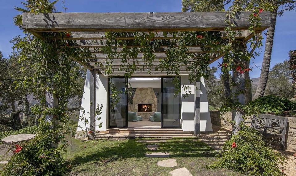 meditation room at 560 Toro Canyon Park Road Carpinteria, CA