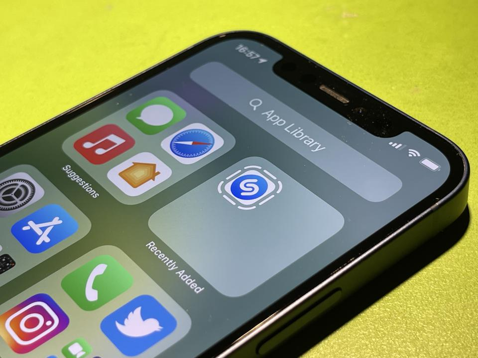 Shazam App Clip in iOS 14.6.