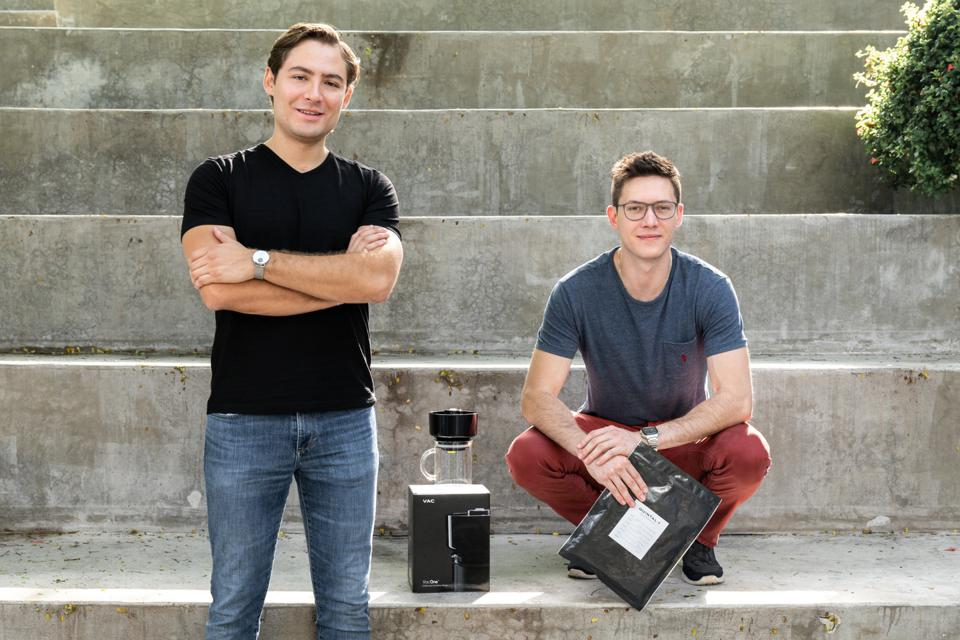 Eduardo Umaña & Otto Becker have created an innovative coffee brewing process