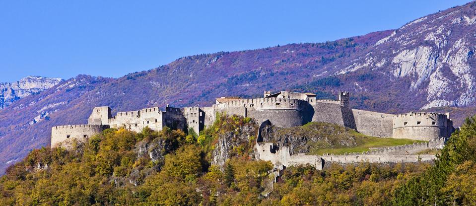 Castel Peseno, Italia