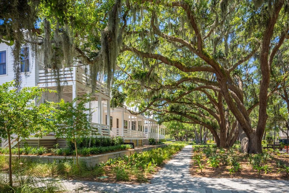 Kiawah River is designed by members of community's Builders Guild and Architect Guild.
