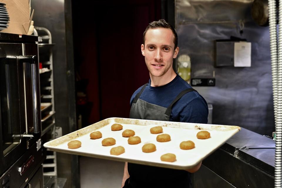 Chef Dave Dreifus in the kitchen at Sobre Masa