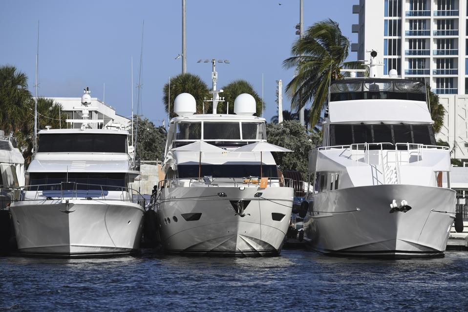 Où sont les yachts du client?