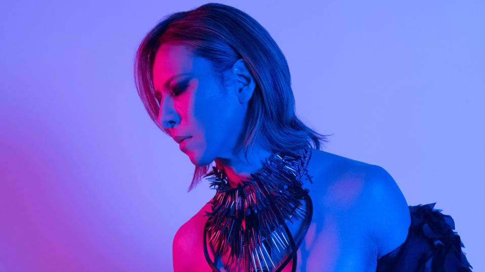 Yoshiki in an outfit from stage