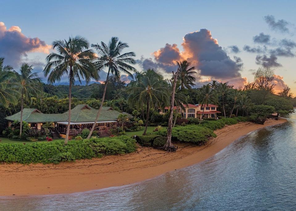 Anini Beachfront Estate, North Shore Kauai beachfront estate 3630 Anini Road