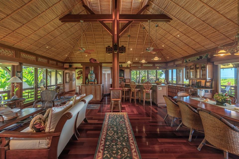 inside the living room at Wailana Malie kauai estate 3630 Anini Road