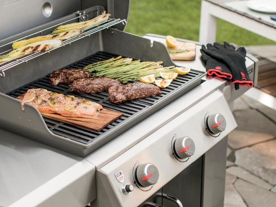 Memorial Day grill sales: Grill in backyard