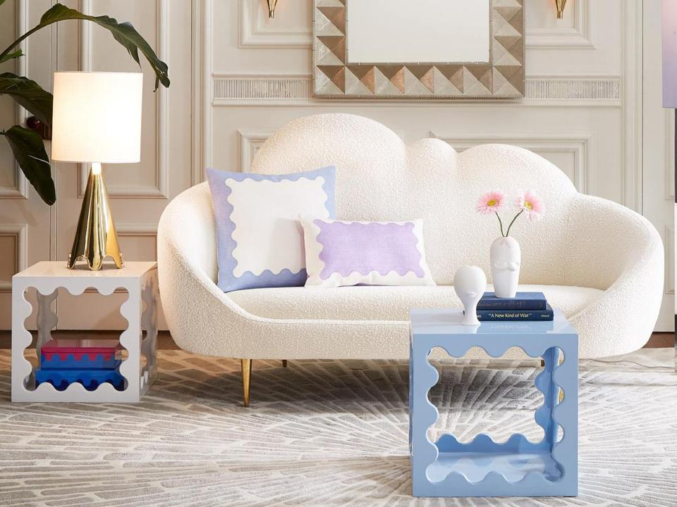 Ether Cloud Settee