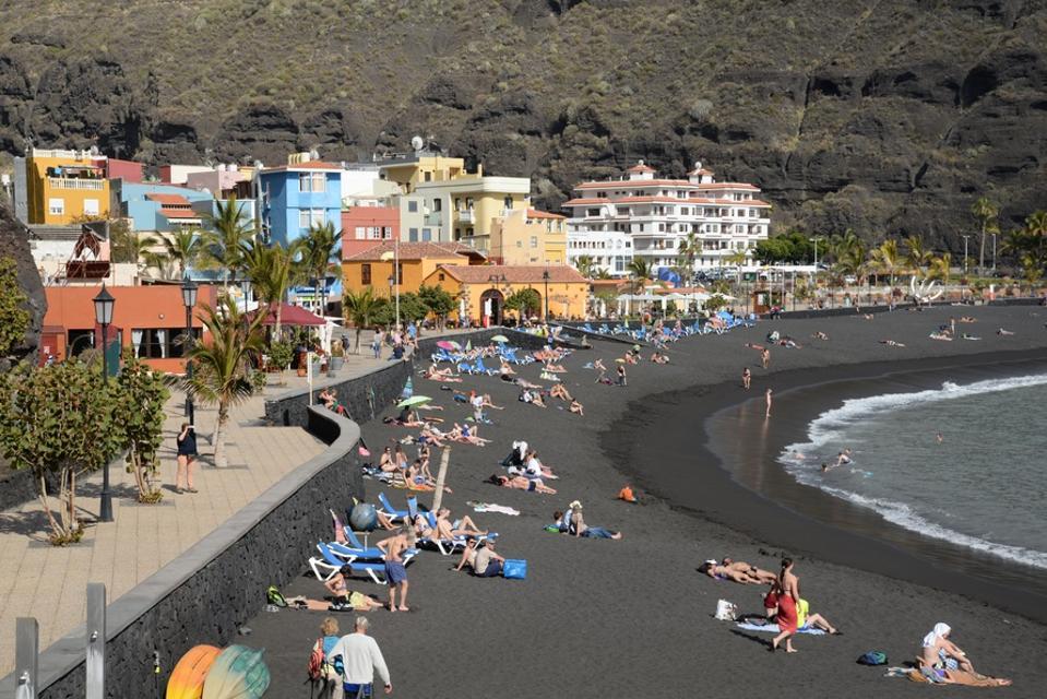 Beach at Puerto de Tazacorte, La Palma
