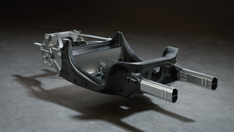 El Artura está construido sobre una nueva arquitectura ligera de fibra de carbono de McLaren.
