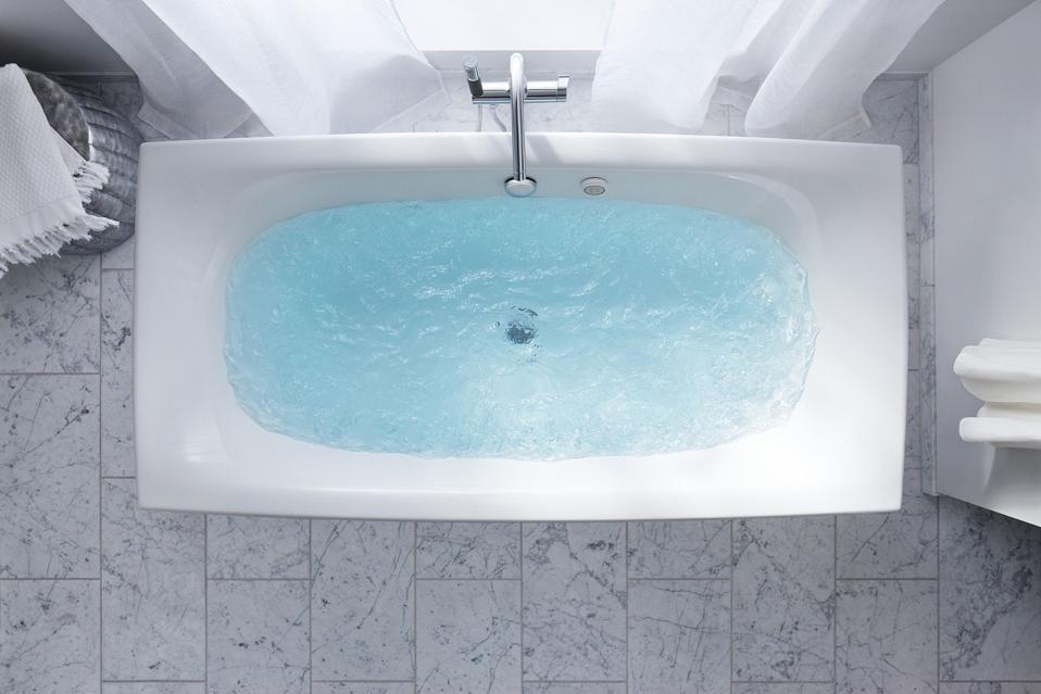Jetted Kohler tub
