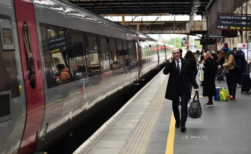 UK Government Promises Better Service In Railway Revamp