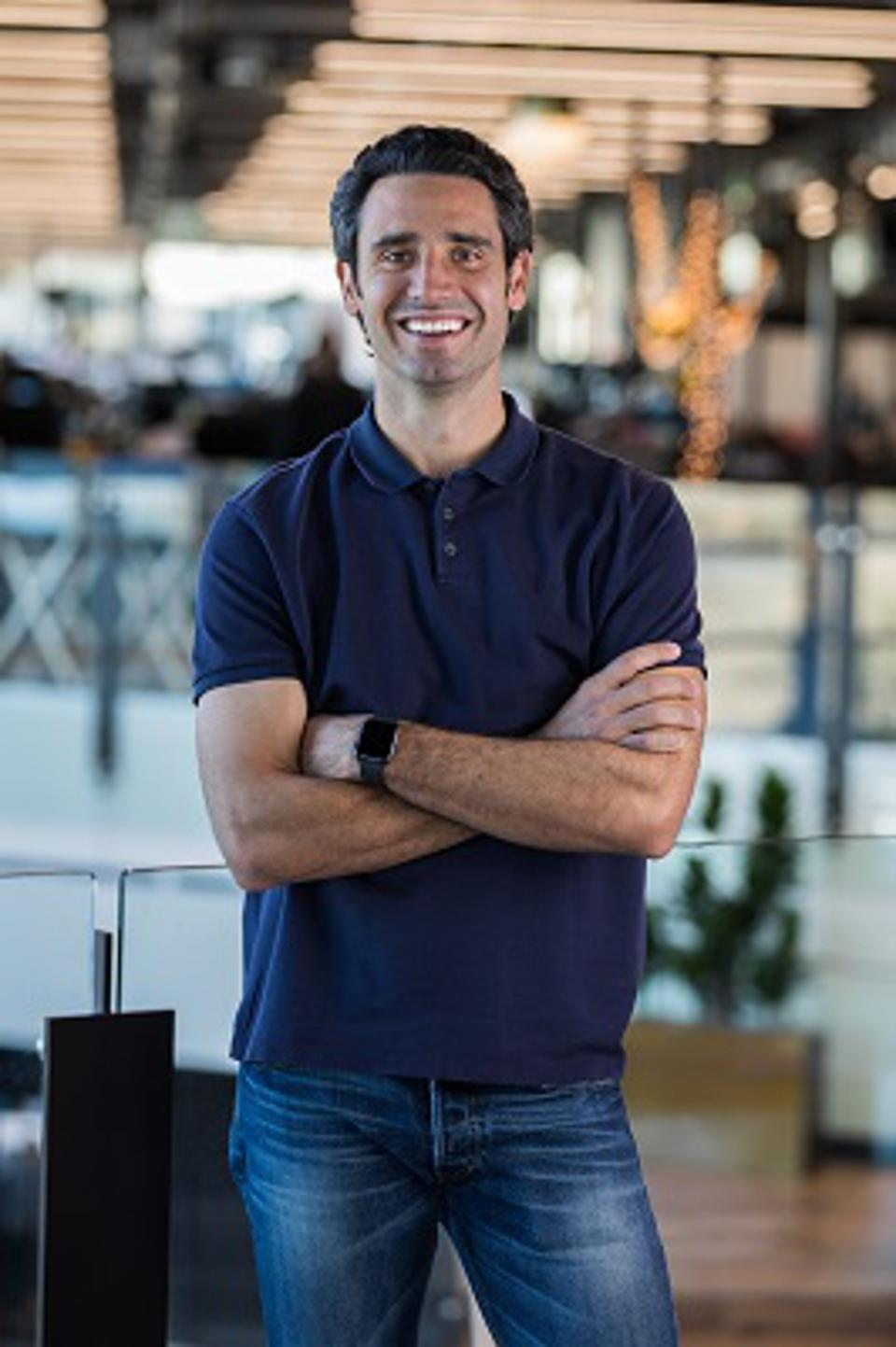 Carvana 2021 Q1 sales were up 28% over Q4 2020.