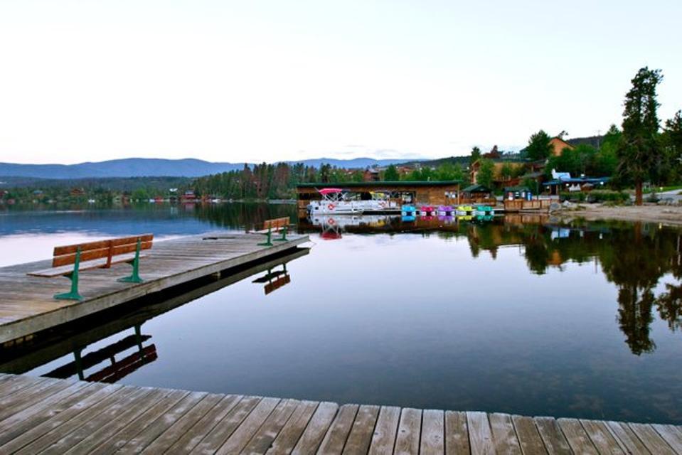 Mountain lake town and promenade.