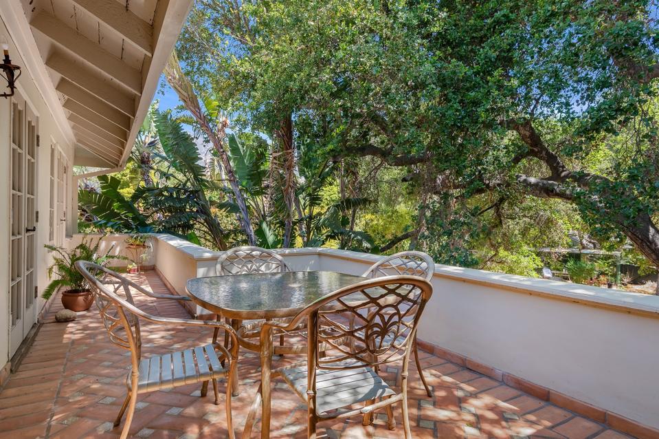 outdoor living montecito mansion 430 Hot Springs Road Santa Barbara, CA, USA
