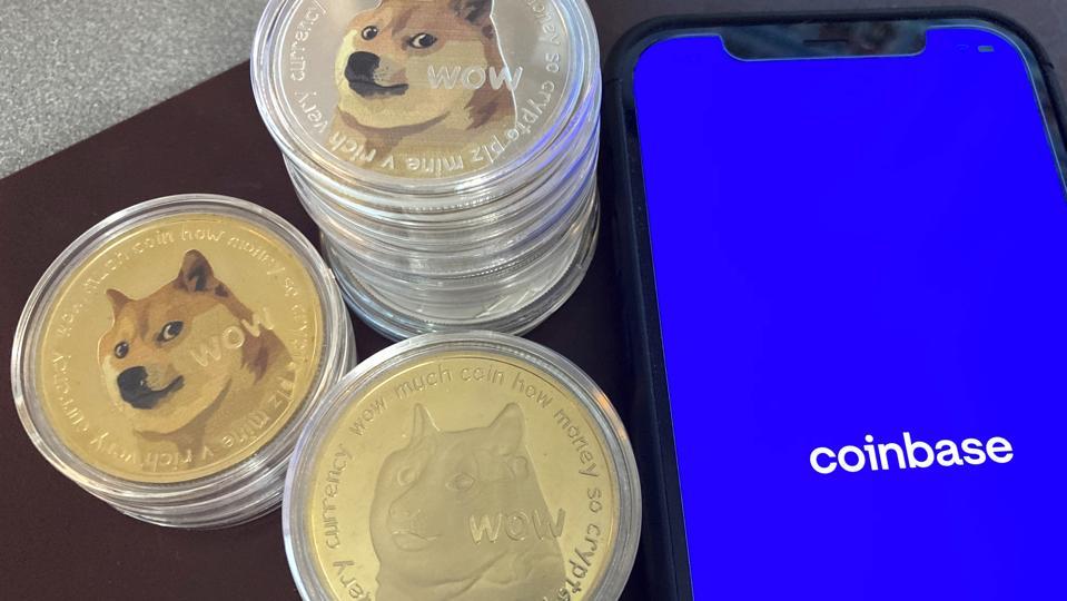 Dogecoin berunjuk rasa pada tweet Elon Musk / daftar Coinbase mendatang