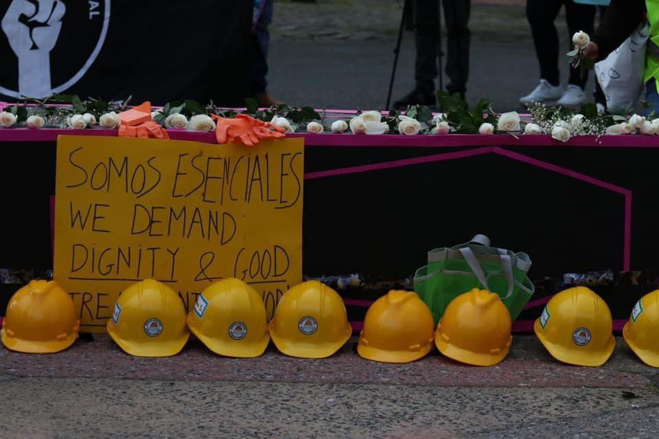 Sign that says ″we are essential″ in spanish.