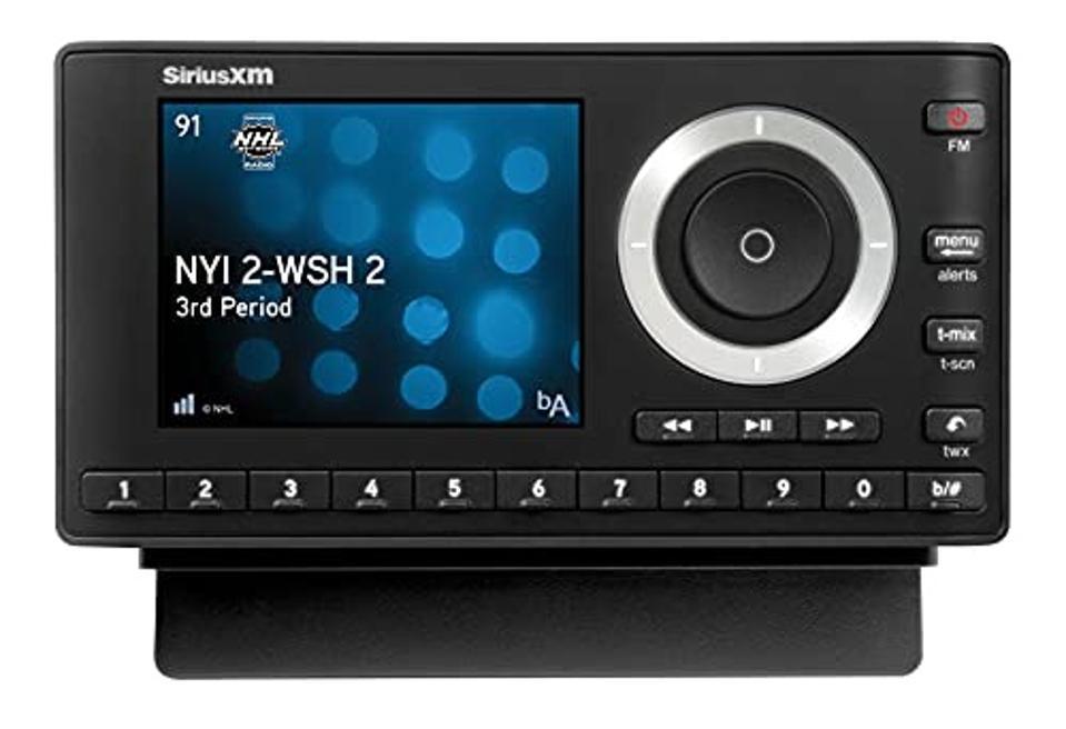 SiriusXM SXPL1V1 Onyx Plus Satellite Radio with Vehicle Kit