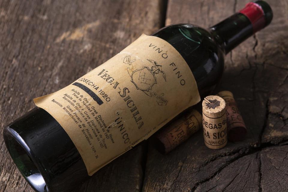 1920 Bottle of Vega Sicilia 'Único'