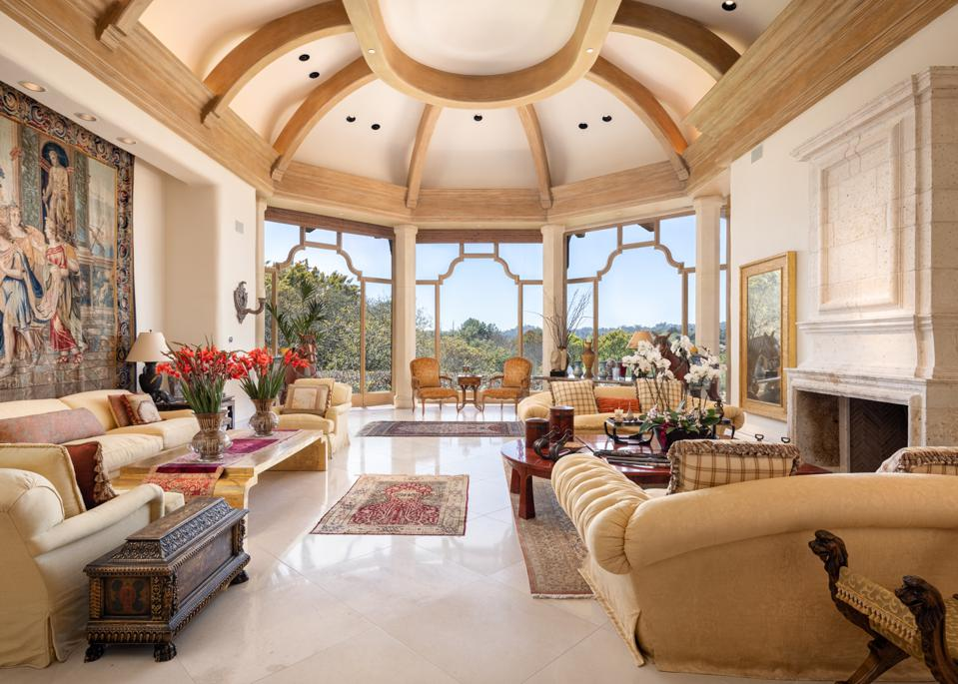 living room inside villa nafissa 5992 Calle Camposeco Rancho Santa Fe, CA, USA