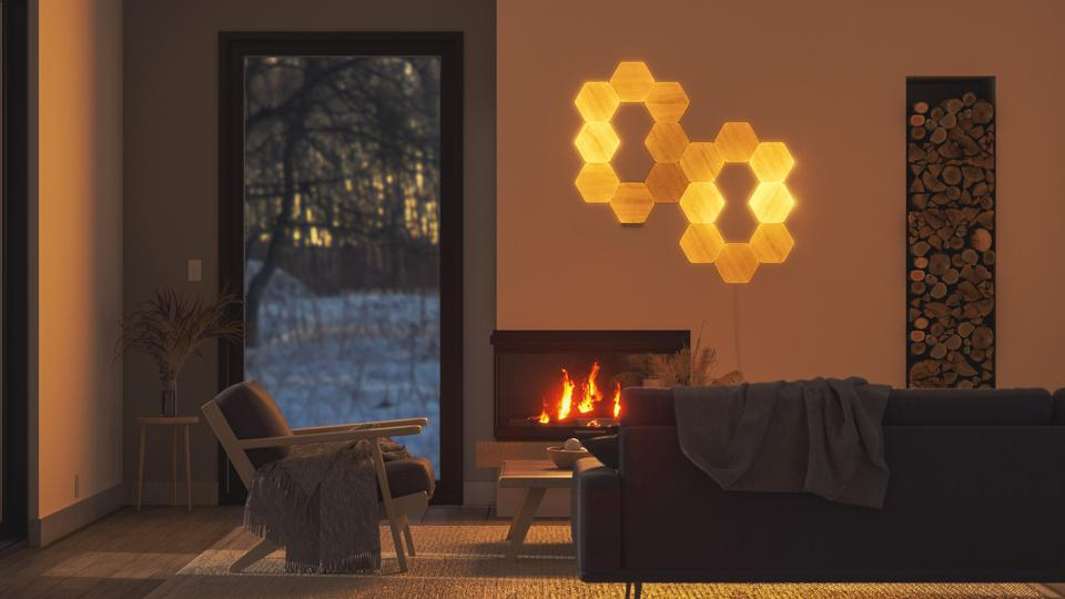 Nanoleaf Elements fireplace effect
