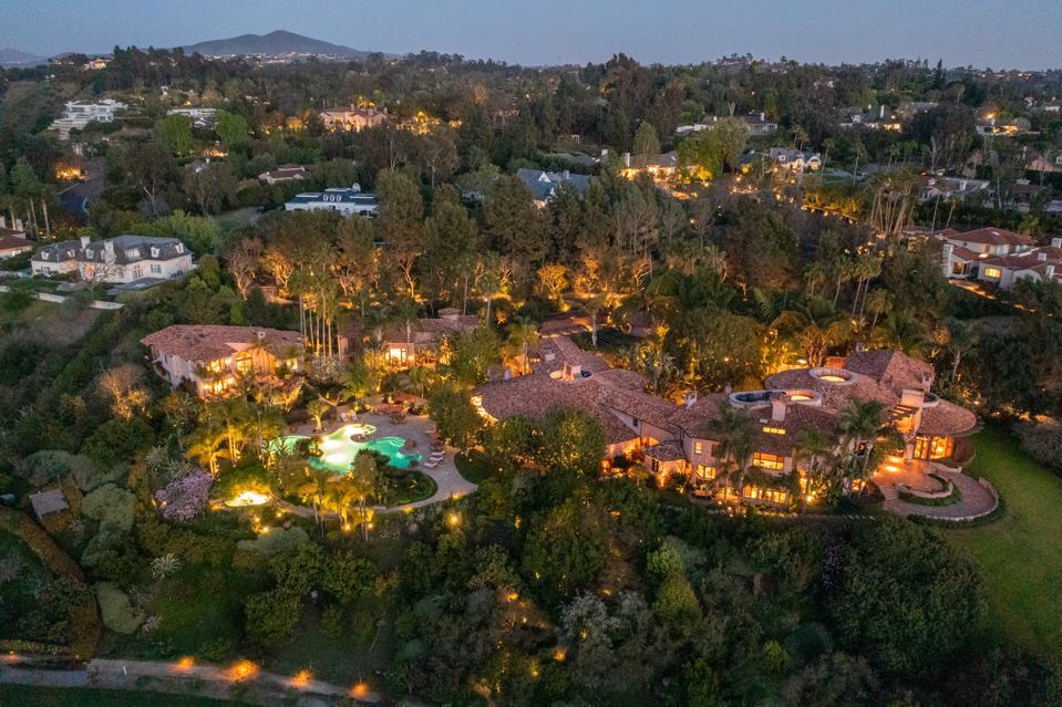 Villa Nafissa A Spectacular Custom-Built Estate 5992 Calle Camposeco Rancho Santa Fe