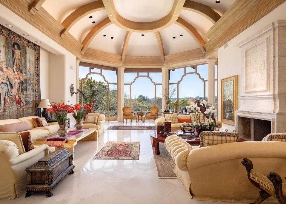 living room with high ceilings in a rancho santa fe home villa nafissa san diego