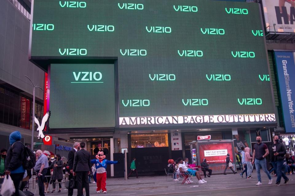 Vizio Celebrates Listing On New York Stock Exchange