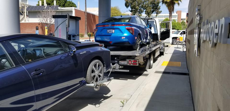 Cal State LA hydrogen station. A tow truck brought Mirais for refueling.