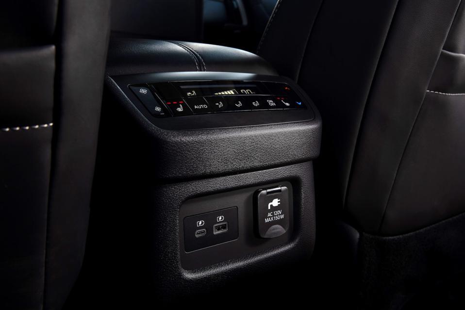 2022 Nissan Pathfinder Power Points