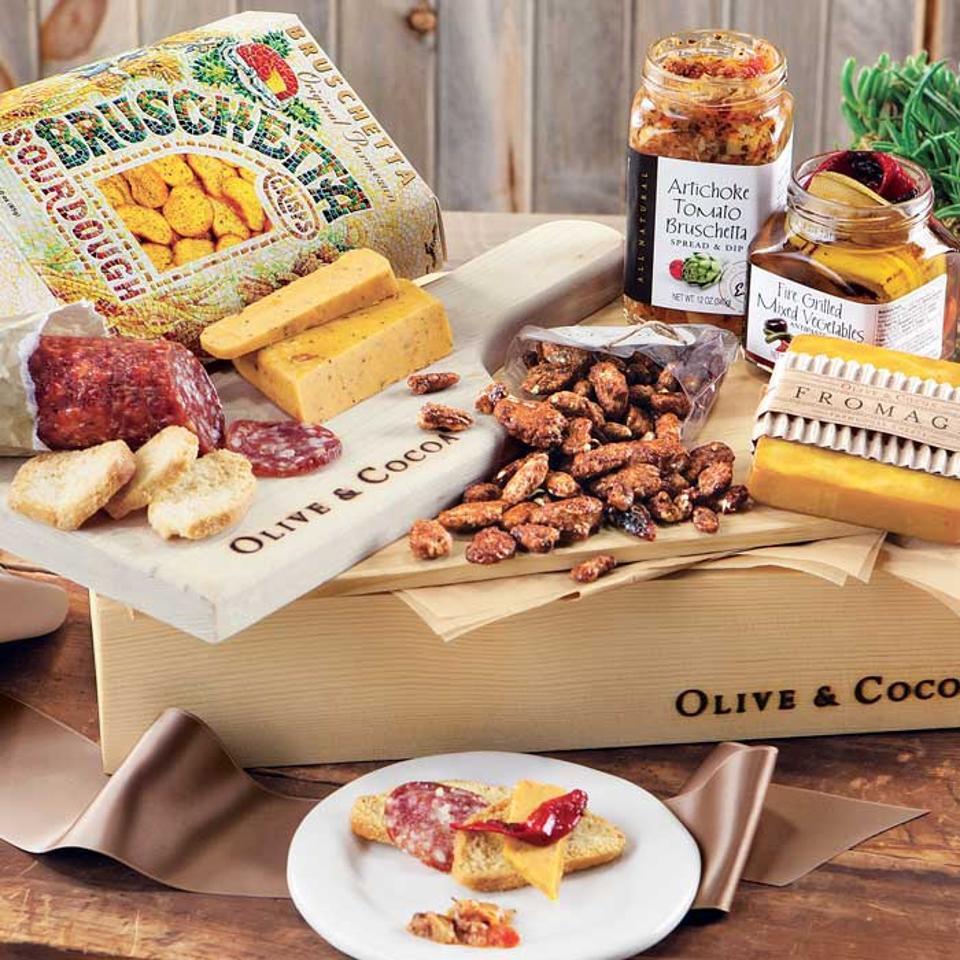 Olive & Cocoa European Tapas Crate