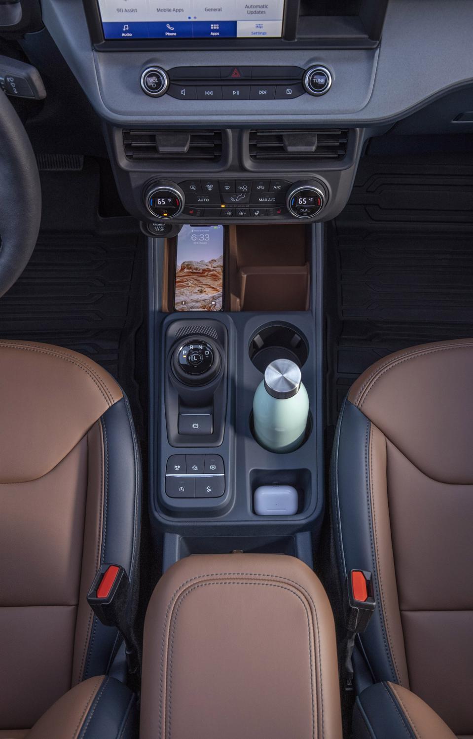 2022 Ford Maverick Console