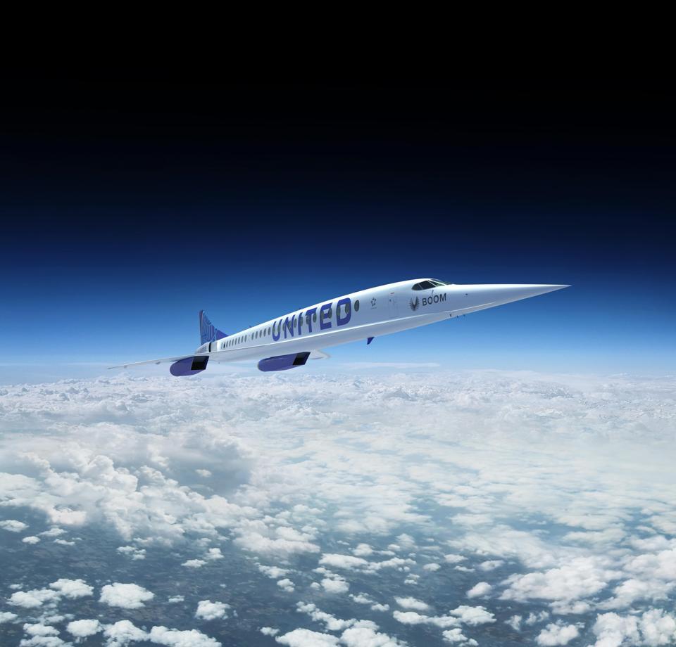 Un United Airlines Boom Supersonic volant dans le ciel.