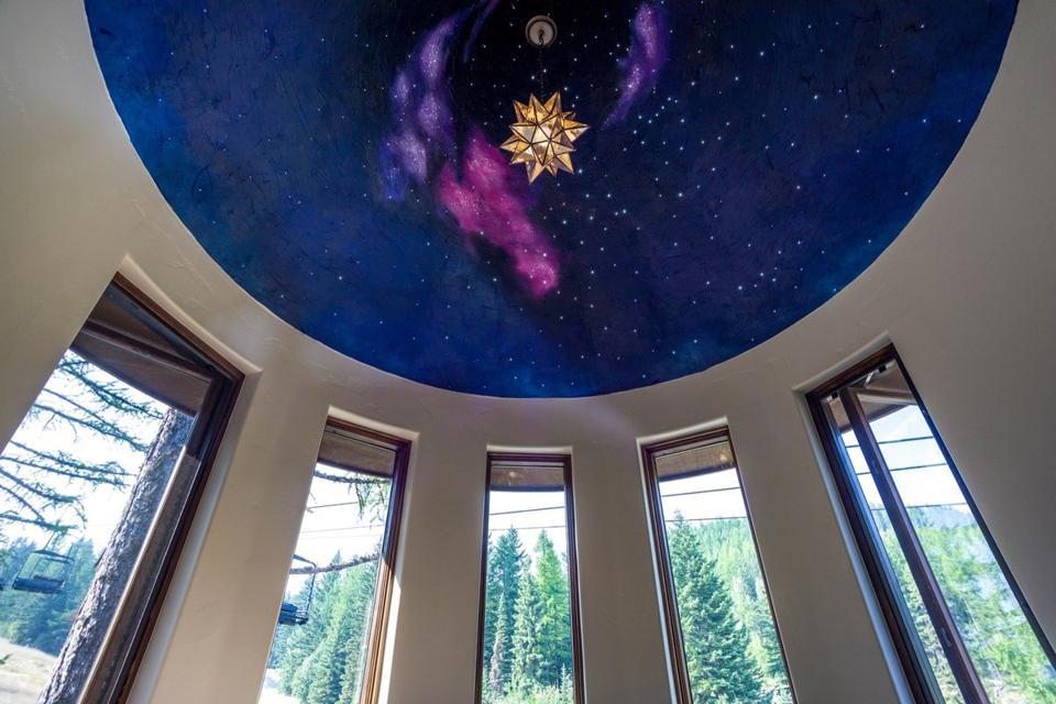 Ponderosa chalet twinkle light turret constellation display