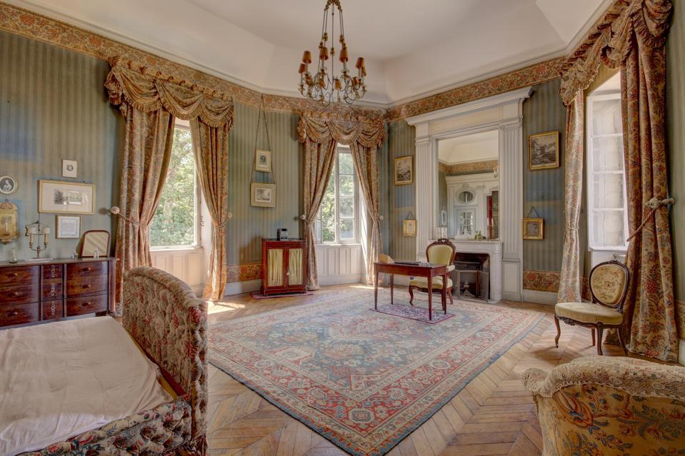 bedroom inside a 17th century castle