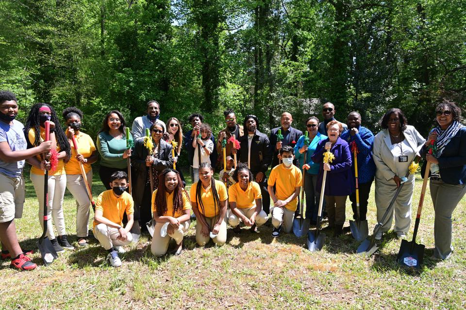 EARTHGANG & Jean Childs Young Middle School Community Garden Announcement Event