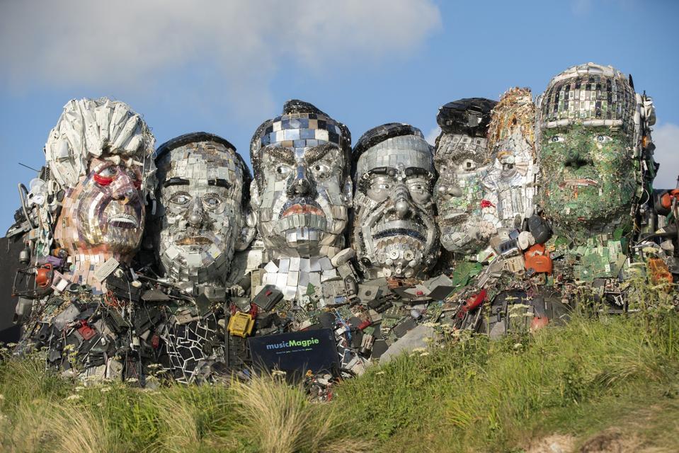 mount recyclemore sculpture