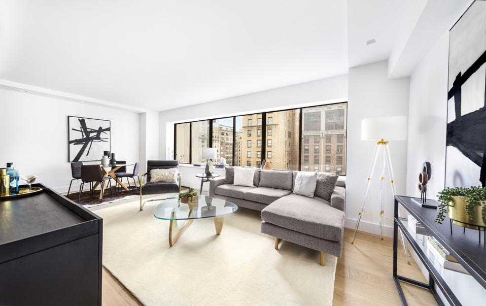 living room inside manhattan upper east side apartment 900 Park Avenue, Apt 11E, New York, NY