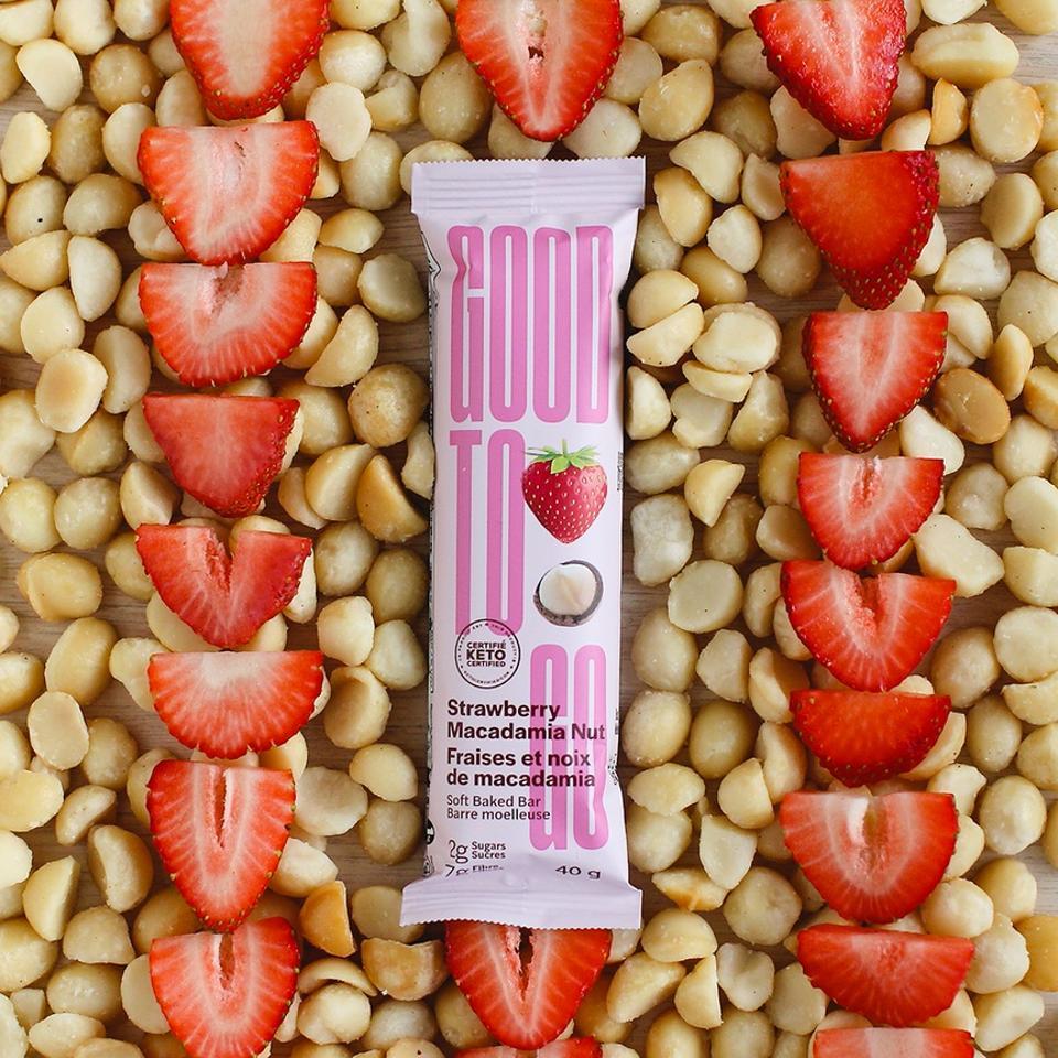 Good To Go Strawberry Macadamia Nut Snack Bars