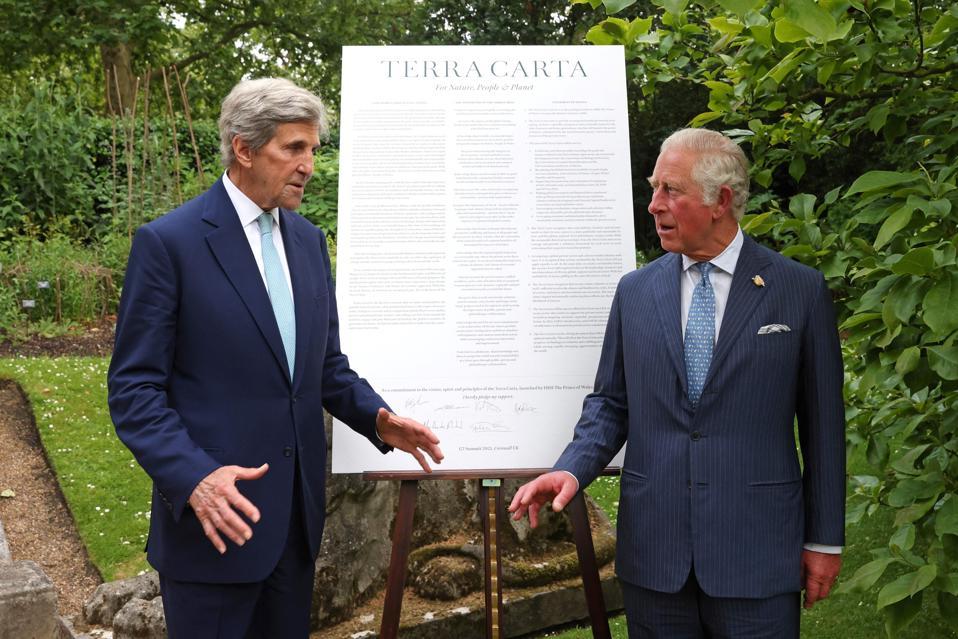 BRITAIN-G7-SUMMIT-ROYALS