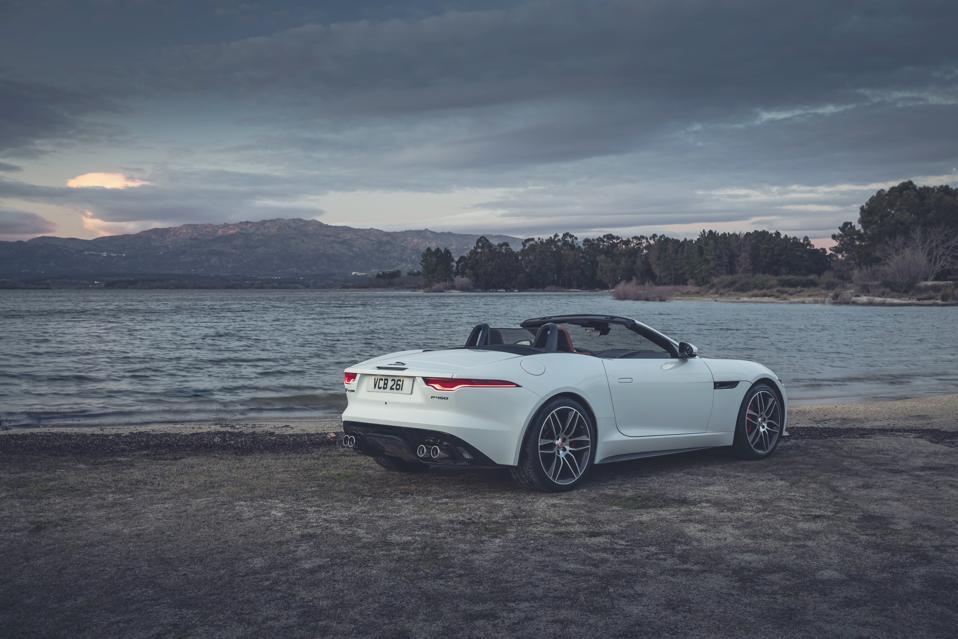 Jaguar F-Type 2022