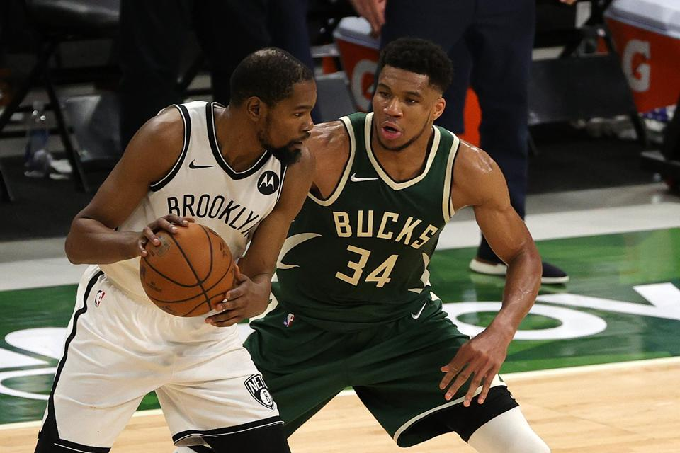 End Of Game 3 Shows Difference Between Nets Star Kevin Durant, Bucks Star Giannis  Antetokounmpo